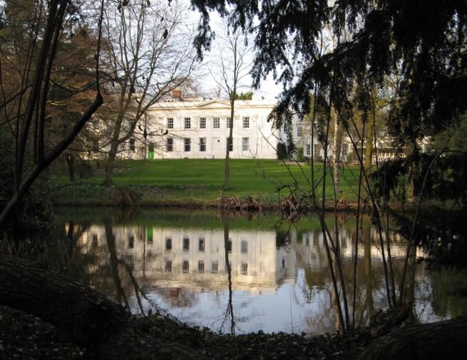 Woodbrooke Quaker Study Centre viewed across the lake