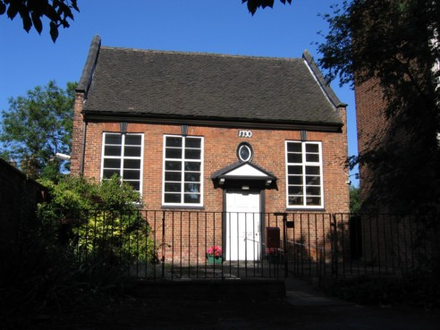 Front of Stafford Meeting House from the car park.